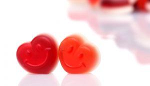 Flammende Herzen - Fruchtsaft Herz auf himmlischem Schaum, 20 % Fruchtanteil, 150 g